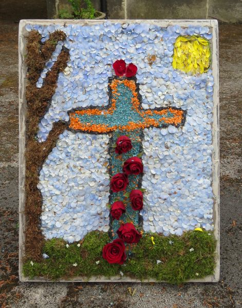West Hallam 2016 - Stanley St Andrew's School Well Dressing