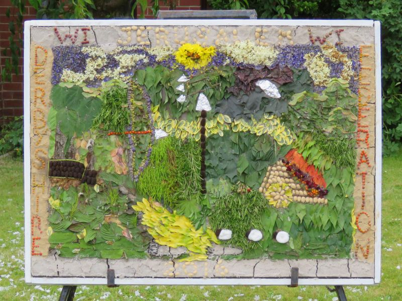 Killamarsh 2016 - Methodist Church Well Dressing