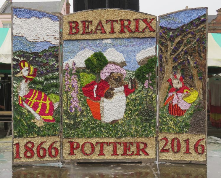 Chesterfield 2016 - Market Place Well Dressing