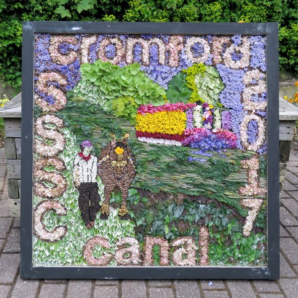 Swanwick 2017 - Swanwick School and Sports College Well Dressing
