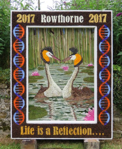 Rowthorne 2017 - Village Well Dressing