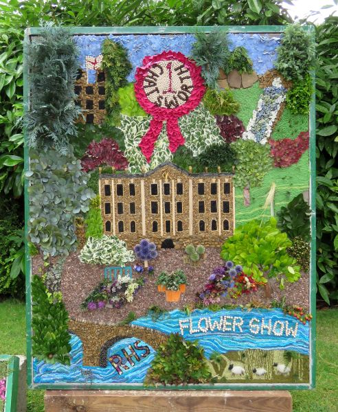 Belper 2017 - Belper Gardening Club Well Dressing (1)