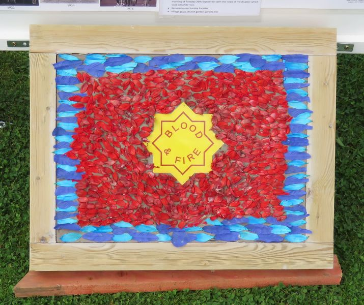 Clowne 2017 - Additional Well Dressing (7)