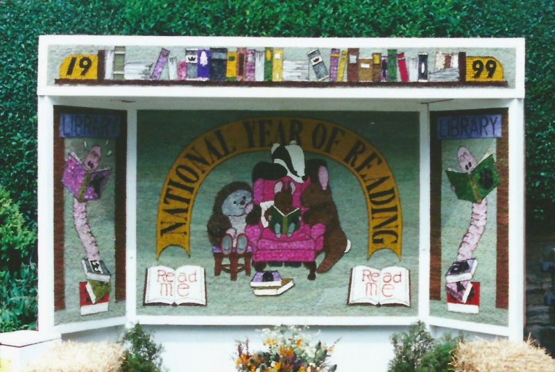 Millthorpe 1999 - Village Well Dressing