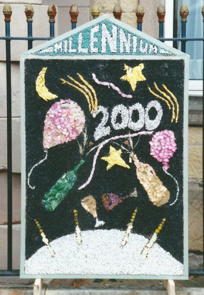 Bolsover 1999 - Old Town Hall Well Dressing