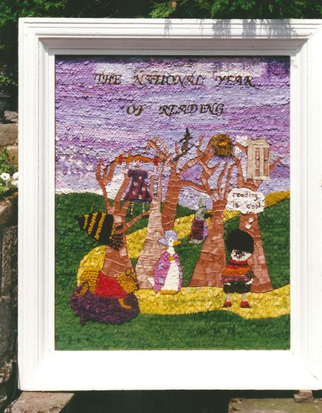 Stoney Middleton 1999 - Children's Well Dressing