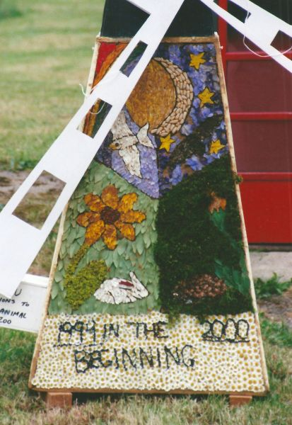 Pilsley (near Bakewell) 1999 - Windmill Well Dressing